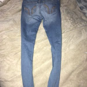 Hollister Ripped Super Skinny Jeans